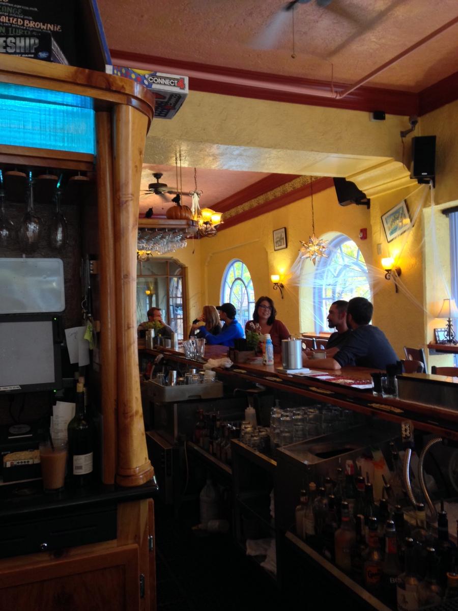Rendezvous bar